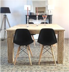 Table carrée Pays Bois 140 cm Villas, Eames, Sweet Home, Wood, House, Inspiration, Furniture, Home Decor, Dining Room