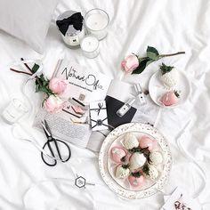 www.theflatlay.com // #flatlay #flatlays #flatlayapp #fashionaddict #style #fashionable #women #fashionstyle #inspo #ootd #lookoftheday #fashion #personalstyle #instastyle #fashiondiaries #fashioninspo #igstyle #outfit #whatiwore #lookoftheday #personalstyle #pinkandwhite