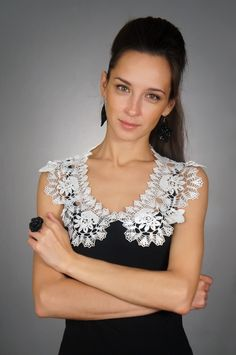 News - Diy Crafts - Marecipe Crochet Collar Pattern, Crochet Lace Collar, Crochet Yoke, Crochet Girls, Crochet Blouse, Irish Crochet, Crochet Patterns, Shuttle Tatting Patterns, Crochet Magazine
