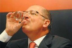 O s    E s p i n h o s    d o     M a n d a c a r ú: O PSDB e sua obra-prima de gestão: o racionamento ...