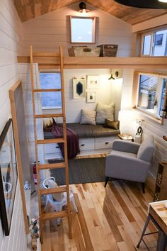 28' Kootenay for family of 3 by Tru Form Tiny Homes in Eugene, Oregon