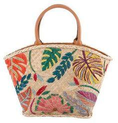 80de3b8e3599 17 Best Beige Tote Bag Outfit images | Woman fashion, Womens fashion ...