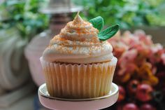 Peaches & Cream Cupcakes by DixieBelleCupcakeCafe, via Flickr