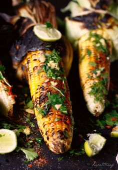 Indian corn on the cob. Indian corn on the cob grilled on an open flame or grilled and sprinkled with Indian spices and tangy from freshly squeezed lemon juice. Indian Cookbook, Indian Street Food, India Food, Herb Butter, Grilled Vegetables, International Recipes, Grilling Recipes, Indian Food Recipes, Indian Snacks