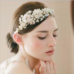 The Bride Bandmade High-end Crystal Crown Head Band Golden Flowers #Handmade #BobbyPins