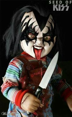 Chucky seed of Kiss. I love chucky and love kiss. This is perfect.