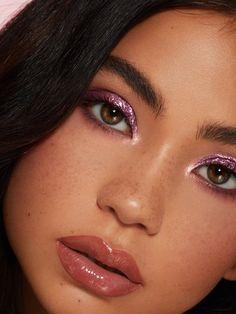Top rated volume mascara According to Celebrity Makeup - Style My Hairs Makeup Inspo, Makeup Inspiration, Makeup Tips, Beauty Makeup, Hair Makeup, Makeup Ideas, Glowy Makeup, Kylie Jenner, Make Up Color