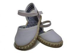 Marta Pastor Calzado infantil, zapatos de calidad a un precio imbatible http://www.minimoda.es