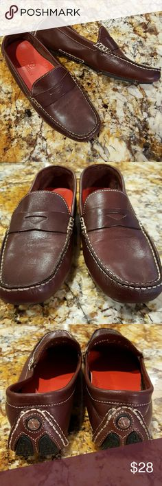 Cole Haan Trillby driving shoes EUC Cole Haan Trillby driving mics. Some superficial markings on leather but shoe polish fixes that. Cute, orangey-red insoles. Comfortable! Made in India. Cole Haan Shoes Flats & Loafers