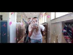 Super Video realizzato coinvolgendo l'intera struttura Marista di Giugliano in Campania - Napoli: dai piccolissimi delle elementari ai liceali, passando per ...