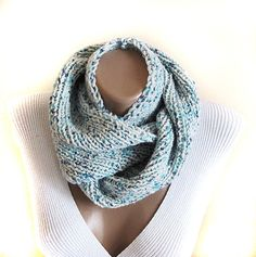 Green mint knit cowl  scarf  neck warmer birthday by selenayy #cowl #chunky #scarf #scarves #winteraccessories #womenfashion #handmade #handknit #knit #gift #etsy