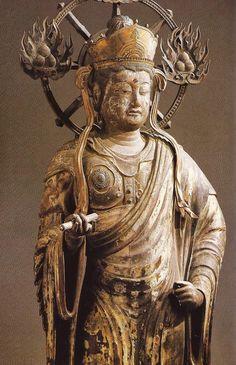蓮華王院三十三間堂帝釈天像:二十八部衆の一角で、天主帝釈や天帝、天皇とも称される。三十三間堂の正式名称は「蓮華王院本堂」で、天台宗妙法院の境外仏堂である。