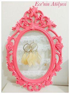 Ister çerçeve ister ayna isterseniz takı standı 50 tl Frame Wall Decor, Frames On Wall, Frame It, Ikea Hacks, Sweet Home, Projects To Try, Glow, Decorating, Mirror