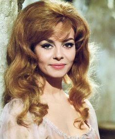 Merveilleuse Angélique (1965) - Michèle Mercier