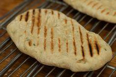 Koriander-knoflook Naan : Voeg halve koffielepel zout toe !