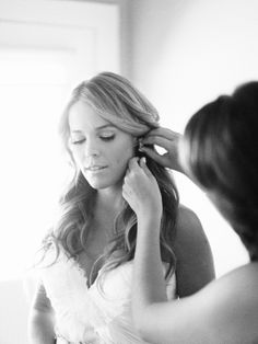 Wedding Hair/Makeup by Mimi + Taylor // Wedding Dress by Sarah Seven // Wedding // Photo by Rylee Hitchner #winecountry #wedding #vineyardwedding #outdoorwedding #rusticwedding #summerwedding #bridalhair #weddingshoes #weddingdress #sarahseven
