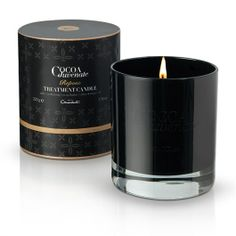 Enjoy a soothing moment of calm this season with warm, sensual notes of spiced white florals, musk, sandalwood and leather, courtesy of our Repose candle from the Cocoa Juvenate collection. #hotelchocolat #hcdreamhamper