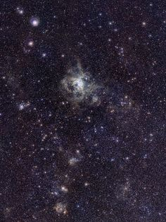 VISTA Magellanic Cloud Survey view of the Tarantula Nebula - Apparent magnitude - Wikipedia, the free encyclopedia