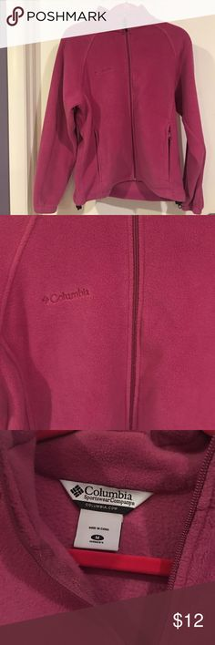 •Columbia fleece In good condition Columbia Sweaters