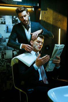 men's fashion & style Sebastian Sauve by Cristiano Miretti for GQ Italia Costume Classe, Gq, Gentlemans Club, Mens Style Guide, Mans World, Men's Grooming, Shaving, Beautiful Men, Mens Fashion