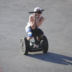 Niall Horan, One Direction James Horan, Greg Horan, Four One Direction, One Direction Memes, Naill Horan, Bae, Irish Boys, 1d And 5sos, Louis Tomlinson