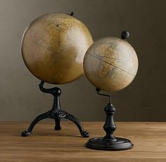 great globe for top of short armoire Vintage Globe, Vintage Maps, Vintage Antiques, Cool Globes, Old Globe, The Golden Compass, Art Nouveau, His Dark Materials, Old Maps