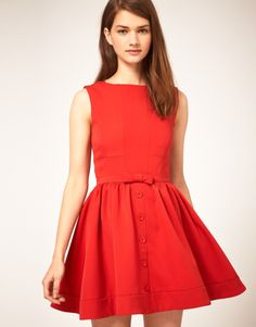 Love this red drees!