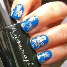 Hi every beauties ! Happy new year ! Hope you will be more beauty in the new year ! O(∩_∩)O~ Today , i will share the nice nail art designs...