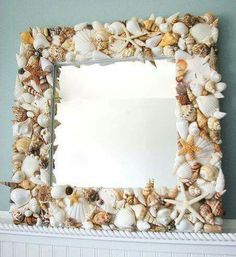 16 Really Cool DIY Mirrors That You Can Do For Free 16 wirklich coole DIY-Spiegel, die Sie kostenlos Seashell Frame, Seashell Art, Seashell Crafts, Beach Crafts, Home Crafts, Diy And Crafts, Cool Diy, Easy Diy, Spiegel Design
