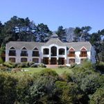 Tarragona Lodge luxury Hout Bay accommodation luxury en-suite rooms cocktail bar heated pool, Cape Town Wedding Venue, South Africa #lovecapetown #wedding