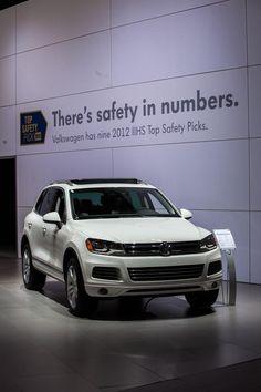 IIHS display at #NYIAS - VW has nine IIHS Top Safety Picks