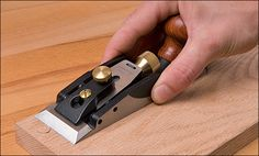 Veritas® Cabinetmaker's Trimming Plane - Lee Valley Tools