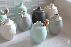 Love this as a hostess gift: Handmade Stoneware Honey Pot | FringeandFettle on Etsy