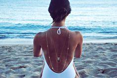 Geometric Quartz necklace by BoutiqueMinimaliste on Etsy