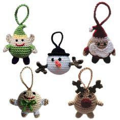 Hoi! Ik heb een geweldige listing gevonden op Etsy http://www.etsy.com/nl/listing/115505795/christmas-character-ball-ornaments-pdf