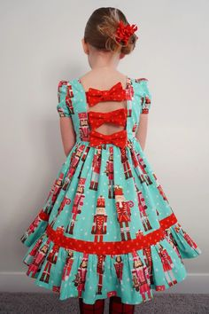 Cute Christmas Dress // Hello Clover African Dresses For Kids, Latest African Fashion Dresses, Baby Girl Party Dresses, Dresses Kids Girl, Kids Dress Wear, Baby Girl Dress Patterns, Kids Frocks, African Attire, Coatdress