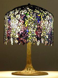 Tiffany lamp purple and white wisteria