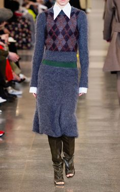 Get inspired and discover Victoria Beckham trunkshow! Shop the latest Victoria Beckham collection at Moda Operandi. Victoria Beckham Collection, Victoria Beckham Style, Baby Boots Pattern, Jacket Pattern, Knit Skirt, Midi Skirt, Lace Knitting Patterns, Long Sleeve Midi Dress, Knit Vest