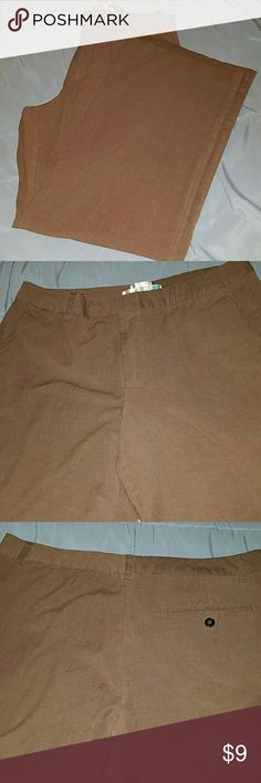 Old Navy Stretch At The Waist Trousers Size 14 EUC, 31 inch inseam. Nice brown color, perfect for fall! Old Navy Pants Trousers