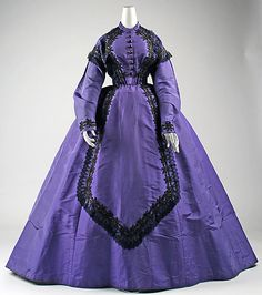 Visiting Dress, circa 1863-65 (Met collection)