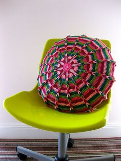 love this crochet cushion
