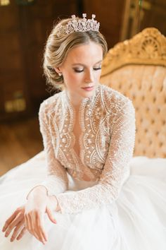 Featured Photographer: Roberta Facchini Photography; Wedding hairstyle idea.