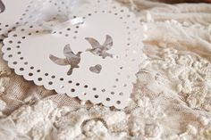 Wedding Garland 'Just married' with paper cut doily hearts, Coppenrath Verlag