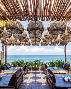 beach restaurant It has become clear that Bali has the the most beautiful interiors when it comes to Beach Clubs. Restaurant Interior Design, Cafe Interior, Interior And Exterior, Beach Restaurant Design, Seaside Restaurant, Beach Lounge, Beach Cafe, Tulum, Cafe Design