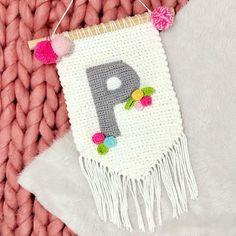 Crochet Wall Art, Crochet Wall Hangings, Yarn Wall Hanging, Tapestry Crochet, Crochet Bunting Pattern, Crochet Dolls Free Patterns, Baby Knitting Patterns, Loom Knitting, Basic Crochet Stitches