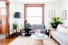 Take some ideas to decorate your living room! #homedesign #Livingroomideas #homedesign #inspirationdesign #luxurylifestyle #homedecor #topbrands #luxuryfurniture