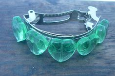 Pony Tail Barrette Green Glass Hearts by Creativekatstore on Etsy Barrette Clip, Ponytail, Hearts, Unique Jewelry, Glass, Handmade Gifts, Green, Silver, Etsy