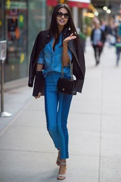 Daniela BragaWe can't get enough of two-tone denim. #refinery29 http://www.refinery29.com/victorias-secret-angel-model-off-duty-street-style#slide-21
