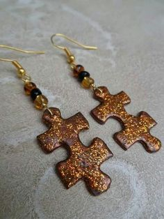 Earings from jigsaw puzzle