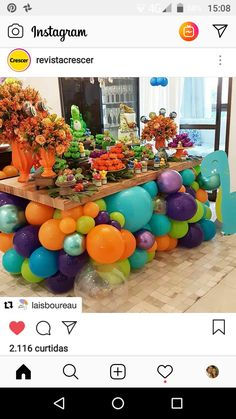 A unique and fun dessert station set up🦖💖 Ballon Decorations, Birthday Party Decorations, Die Dinos Baby, Deco Ballon, Balloons Galore, Design Room, Balloon Garland, Baby Party, Party Planning